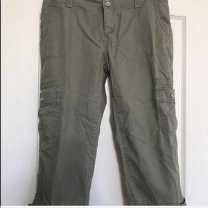 Levi Capri pants